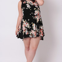 Plus Size Sleeveless Floral Dress - Black