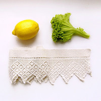 "Antique Lace trim 1.28 yards (46""/117 cm), 40s, linen torchon lace, rustic lace, home decor, lace supplies, white yellow green"