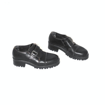90s lug sole goth platforms 1990s new wave chunky sole Sone Ridge platform buckle shoes