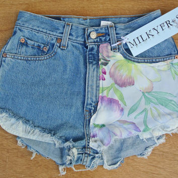 "High Waisted Levi's Shorts Size 3 / 4 Milky Fr3sh ""Skye"""