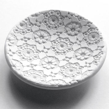 Wedding Favor - Bridesmaids Favor, Ring Dish, Ring Bowl, Trinket Bowl, Favor Bowl, Hand Made Lace, small, white - 2.5""