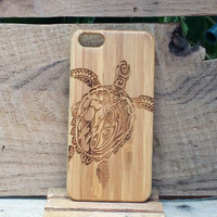 Sea Turtle with Tribal Design - iPhone 6 Wood Case - iPhone 6 Wooden Case - Wooden iPhone 6 Case - Samsung Galaxy S4 - Samsung Galaxy S5