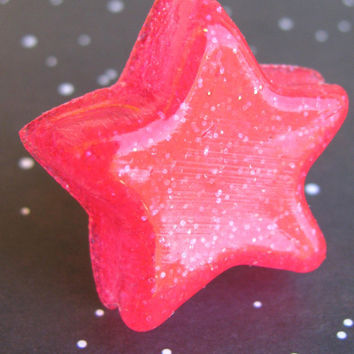 Hot pink star resin ring by Stargazer02 on Etsy
