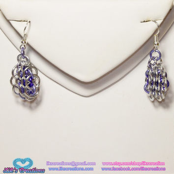 Slender Honeycomb Chainmaille Earrings - Customizable! Choose your colors! Dragonscale