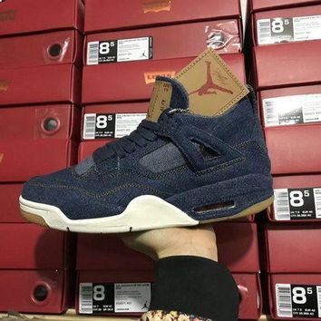 Air Jordan 4 Retro LEVIS NRG Basketball Shoe