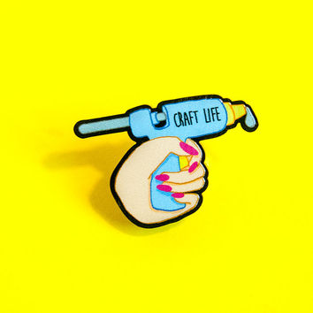 craft life hot glue gun | lapel pin