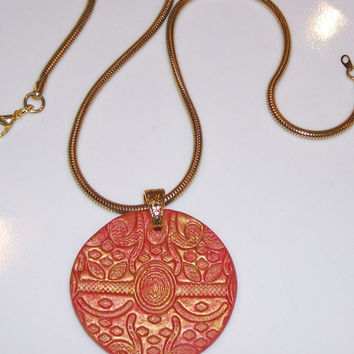 Clay Medallion Personal Aroma Therapy Necklace Diffuser with Gold Snake Chain Red Gold Hand Crafted Essential Oil Diffuser Pendant Jewelry