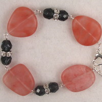 SEABR05 Strawberry Sea Glass and Montana Blue Chechen Bracelet