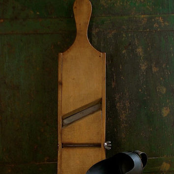 Vintage Wooden Grater - Kitchen Utensil - Vegetable Slicer - Potato Shredder - Farmhouse Rustic Primitive Decor