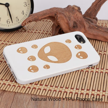 Hand Carved Natural Wood Smartphone Case For iPhone. Handcrafted Elegant Designs From Eco Friendly Wood.