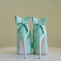 Mint pumps by Annick Gagnon :: fashion looks
