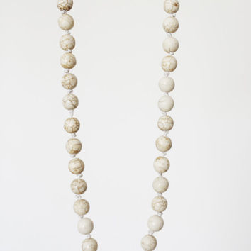 White natural howlite necklace, pearls shape white necklace, large white beads, elegant necklace