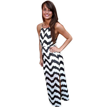 Black and White Wave Print Strappy Maxi Dress