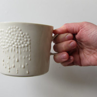 Large white porcelain cup with cloud & rain decoration, ceramic mug for tea, coffee, hot chocolate, snacks and desserts.