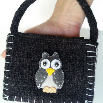 Owl Coin Purse, Charcoal Gray Knitted Purse, Ollie the Owl Coin Purse, Animal lover gift, Children, Girls, Teens, Womens