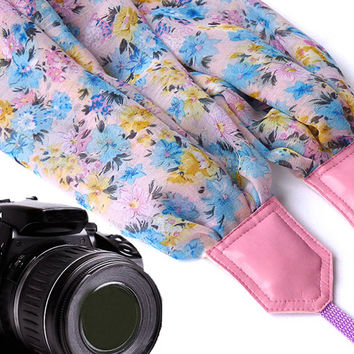 Pink scarf camera strap.  Flowers Camera Strap. Camera accessories. Camera strap for Canon, Nikon, Fuji & other cameras. Graet gift.