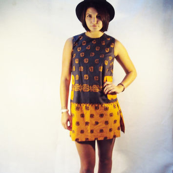 African Print Dress / Vintage / Ethnic Dress / 60s Mini Dress / TRIBAL African / Cornflower Blue Gold
