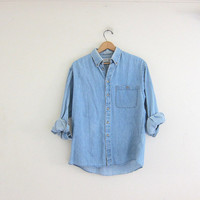 vintage jean shirt. denim pocket shirt. faded light wash denim shirt.