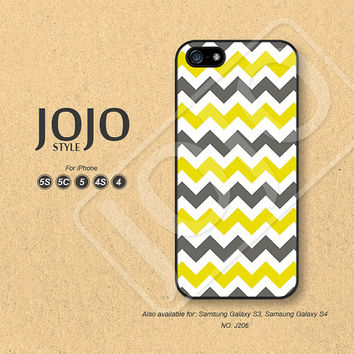 Chevron iPhone 5 Case iPhone 5c Case iPhone 4 Case iPhone 5s Case iPhone 4s Case yellow gray Phone Covers Phone Cases - J206