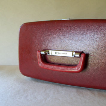 Red LUGGAGE TRAIN CASE Vintage Samsonite by ACESFINDSVINTAGE