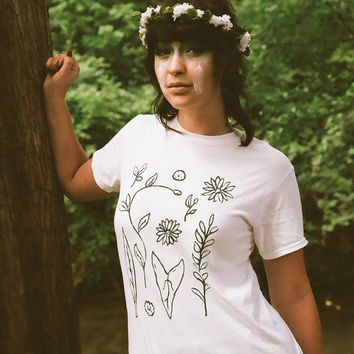"Botanical Print T-Shirt ""Garden Stories"""