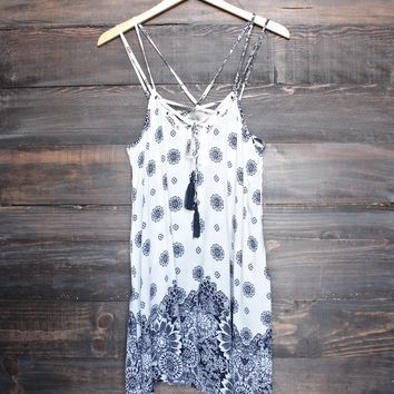 border print gauzy dress - white/navy