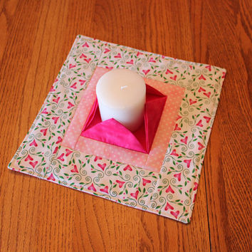 Valentine Quilted Candle Mat - Large Pink & White Mini Quilt - Lovers Dinner - Centerpiece - Flameless Candle Mat - Hostess Gift