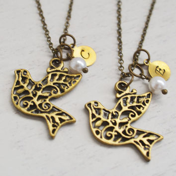 bird necklace, layering necklace, dove necklace. new born gift, best friend necklace set, bridesmaid gift, family necklace, graduation gift