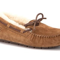 Dakota - UGG Boots & Shoes - TheWalkingCompany.com