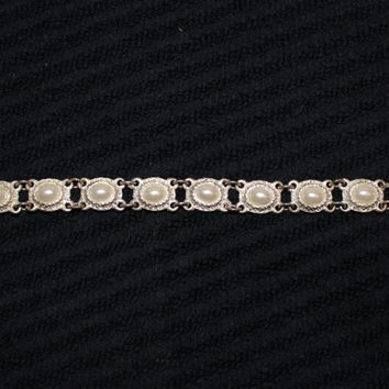 Elegant Vintage Faux Pearl Bracelet in Silver Tone Perfect For A Wedding