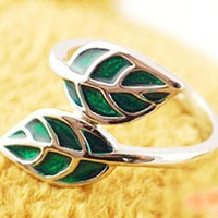 Jewelry Clearance-Exquiste Green Leaves Ring