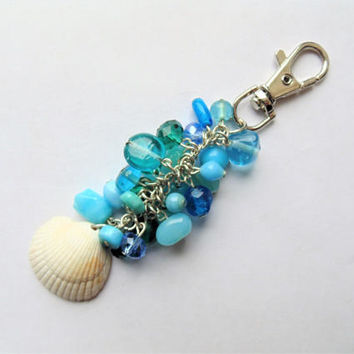 Shell keyring, shell gift, shell charm, shell bag charm, handbag charm, beach gift, gift for her, seashell gift, sea shell gifts, seashell