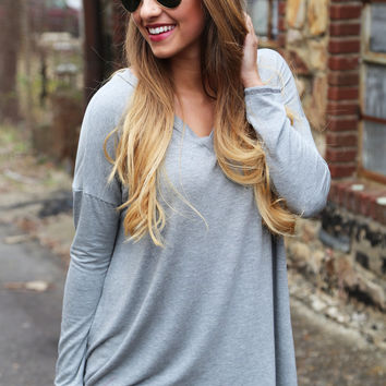 The Easy Going Tunic {Gray}