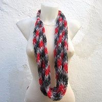infinity scarf Finger Knitting Scarf -Black Grey Red-  Necklace scarf   Winter Accessories-chain loop scarf
