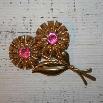 Vintage Flower Brooch Spring Brooch Spring Jewelry Flower Jewelry Spring Flower Pin Stem Bouquet Gold Tone Pink Rhinestone Retro Jewelry