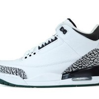 Air Jordan 3 Oregon Ducks PE
