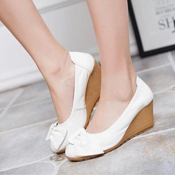 2016 Fashion Women Wedge Shoes Genuine Leather Round toe High Heels Pumps Woman Mom Shoes