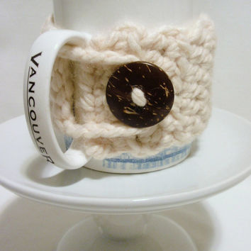 Coffee Cozy / FISHERMAN WHITE / Coconut Button / Acrylic Wool Blend / Gift for Sister in Law / Mom
