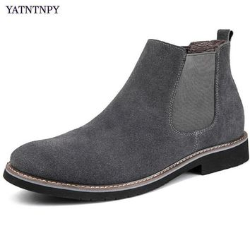 YATNTNPY Genuine Suede Leather Shoes Men Short Boot for man ,Slip-on Chelsea boots Fur Inside Warm Winter Man Oxfords