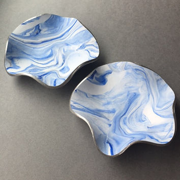 Ocean Blue Swirl Trinket Dish, Marbled Polymer Clay, Ring Holder, Key Bowl, Earring Container, Jewelry Dish, Office Organizer, Gifts for Her