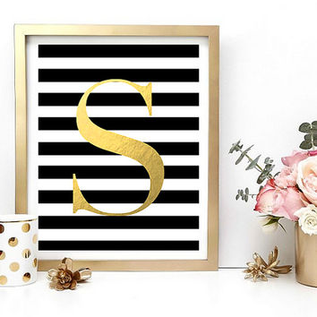 Gold Letter Print, Printable Art, Home Decor, Gold Foil, Digital Download, Instant Download, Monogram, Personal & Customizable Wall Art