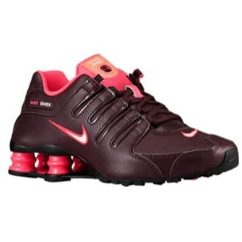 Nike Shox NZ - Women's at Lady Foot Locker