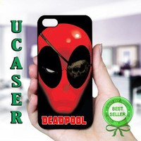 Deadpool - Photo On Hard Cover For iPhone 5