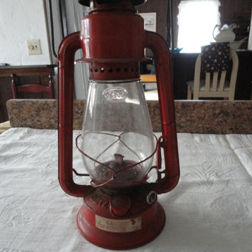 Red Dietz Kerosene Junior Hanging Lantern