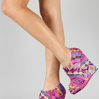 Qupid Enrich-124 Tribal Print Peep Toe Wedge Bootie