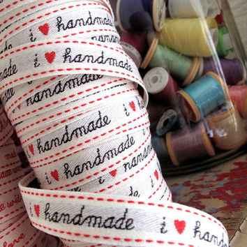 SALE Trim 2 metres / yard x I HEART handmade