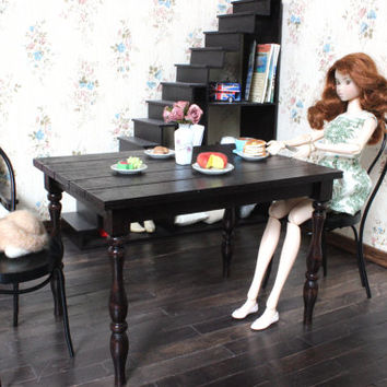1/6 scale Miniature Table and 2 Bentwood Chairs Dining Set for dolls (Blythe, Barbie, 12'' Fashion dolls, Pullip, Obitsu, Momoko). Dark wood
