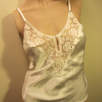 Lovely Vintage 80's White Lace Deep V Cami Lingerie Top Bohemian Grunge