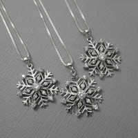 Snowflake Necklace, Winter Necklace, Christmas Necklace, Christmas Gift