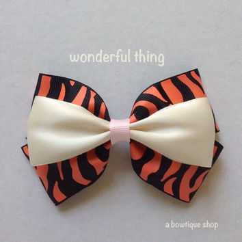 tiger hair bow